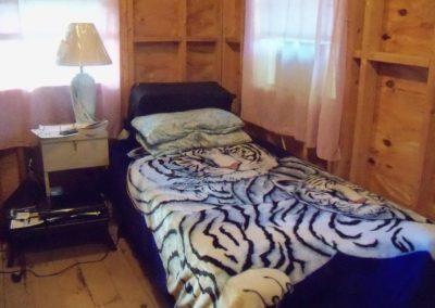 Adult room (2)